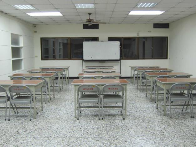 線西鄉立圖書館-研習教室