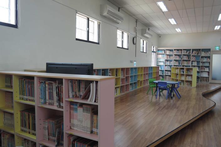 永靖鄉立圖書館兒童閱讀區