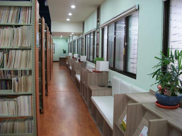 竹塘鄉立圖書館書庫讀者席