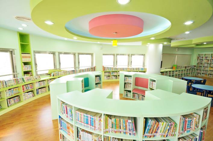 竹塘鄉立圖書館嬰幼兒閱讀區