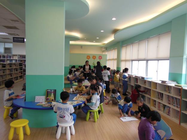 埤頭鄉立圖書館嬰幼兒閱讀區