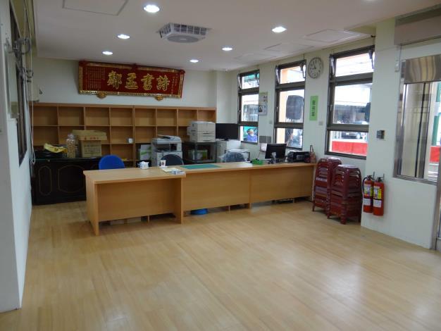 田尾鄉立圖書館流通櫃台