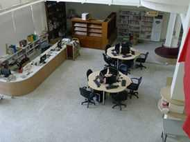 溪州鄉立圖書館綜合櫃台區