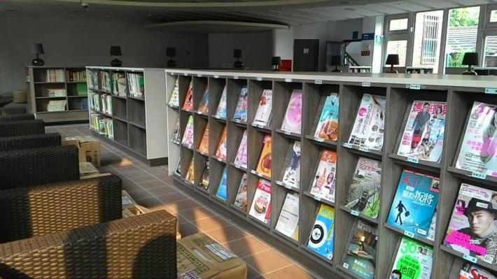 二水鄉立圖書館期刊報紙區