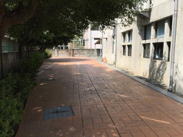 田中鎮立圖書館週圍環境